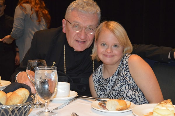 St. Anthony Annual Dinner and Auction Featuring Lauren Potter 10/20/17